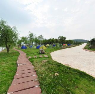 红石寨旅游度假村
